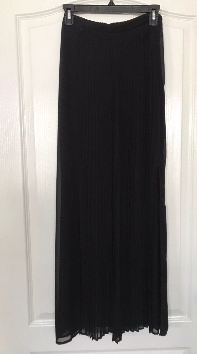 maxi skirt Large NWT
