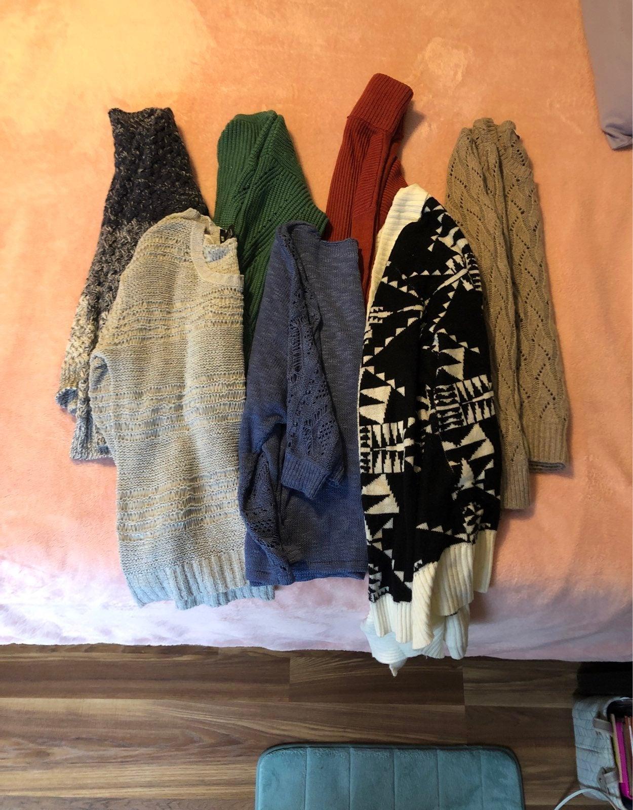 Sweater Bundle (7)
