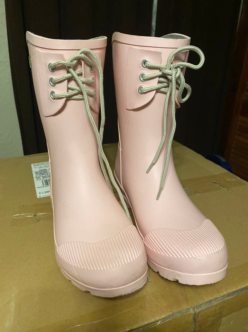 Nomad Pink Rain boots size 9