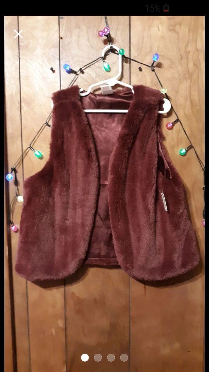 Arizona girls fox fur vest
