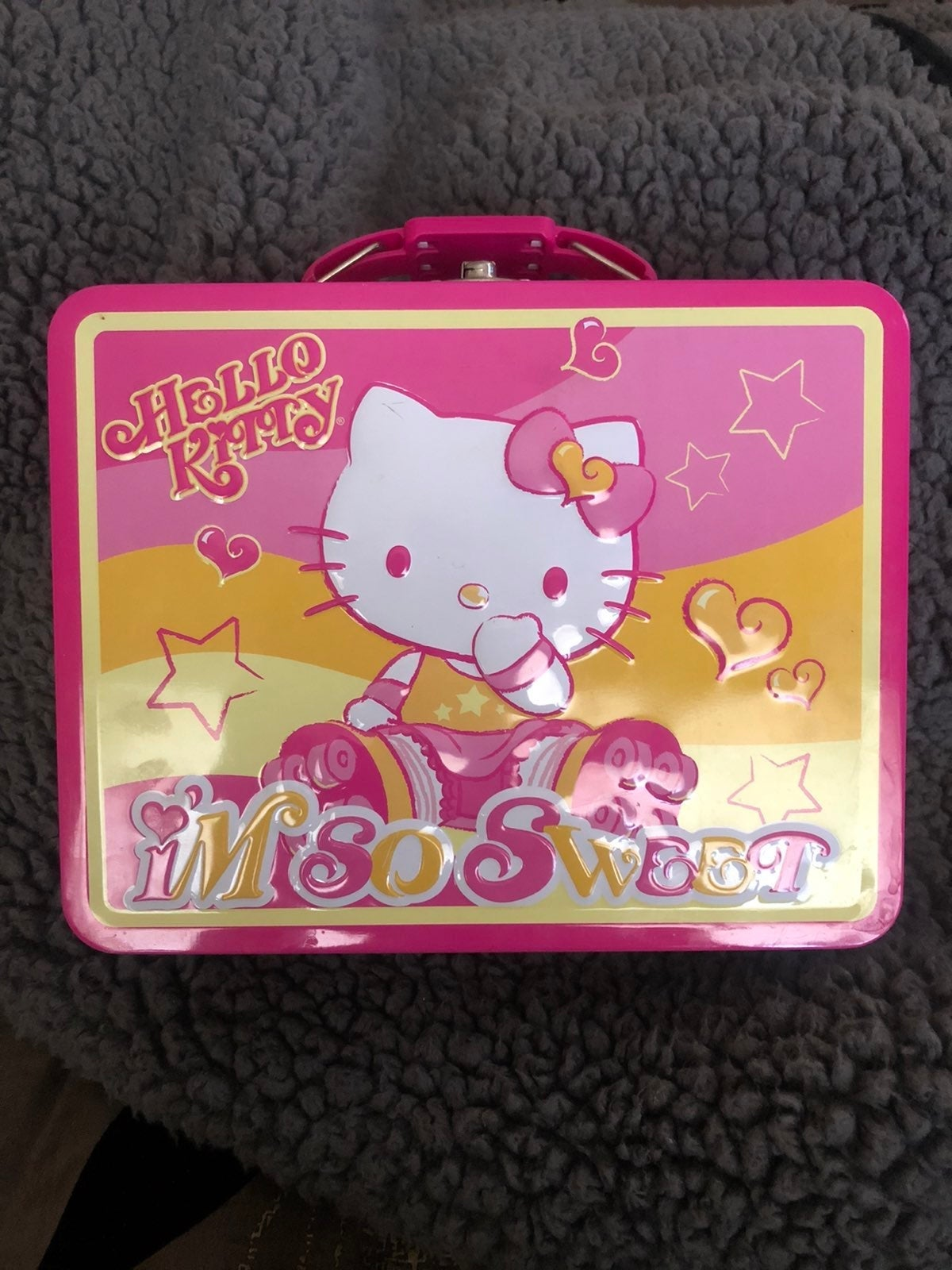 Hello Kitty Tin Carrier/Lunchbox