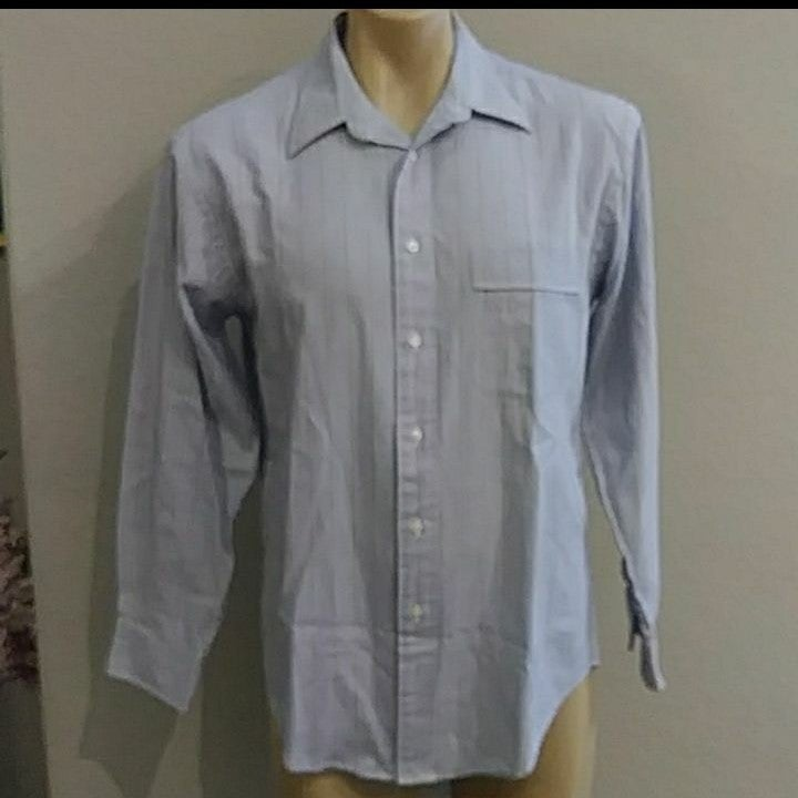 Yves Saint Laurent mens Dress Shirt 15.5