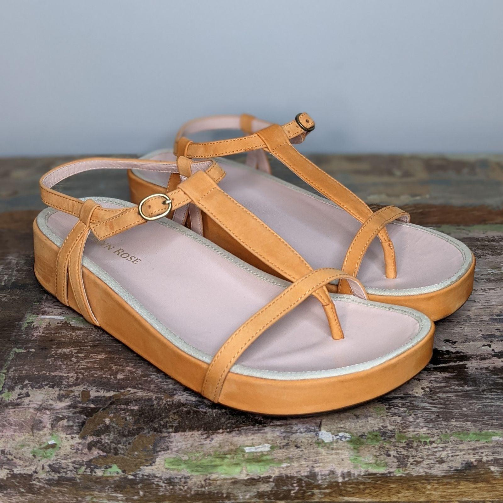 Taryn Rose Amor Nubuck Thong Sandal 7.5