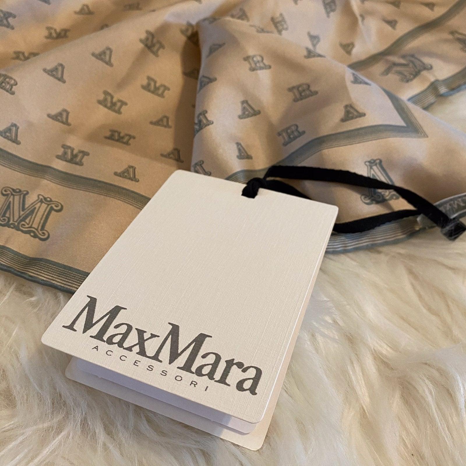 NWT MaxMara 100% silk monogram scarf