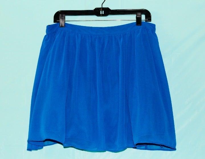 size 15 blue polyester skirt