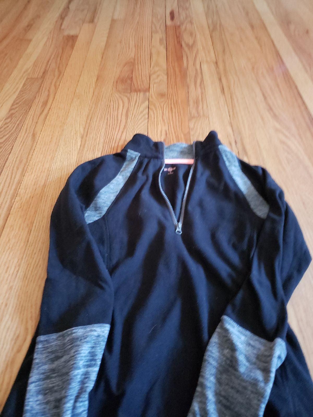 Juniors Fleece pullover