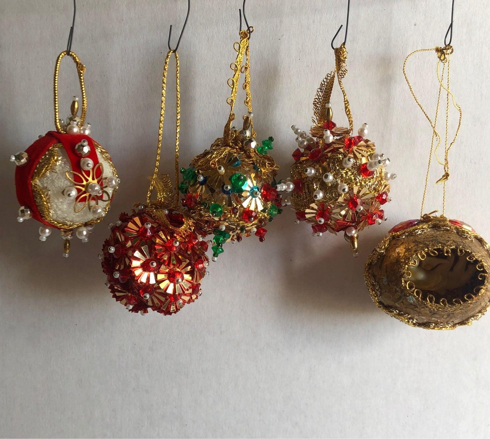 Vintage beaded Christmas ornaments lot