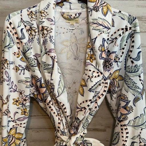 World Market Robe w/ Bath Gel