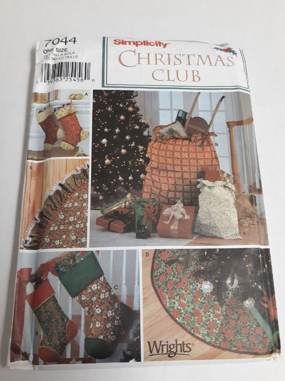 Simplicity Christmas sewing pattern