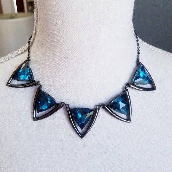 NWT Deep Blue Stone Necklace - Gun Metal