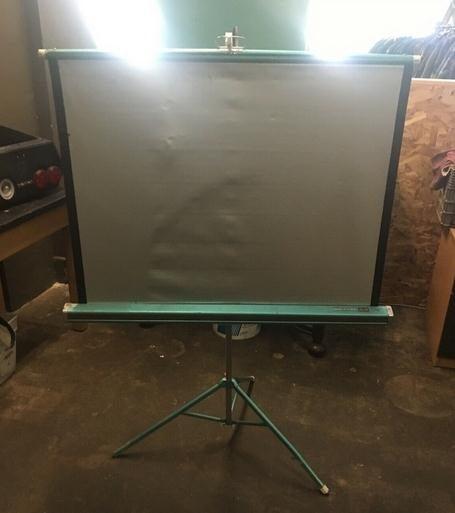 Silver Comet DA-Lite Projector Screen