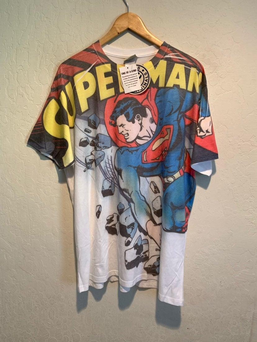 New Superman DC Comics Graphic T-Shirt
