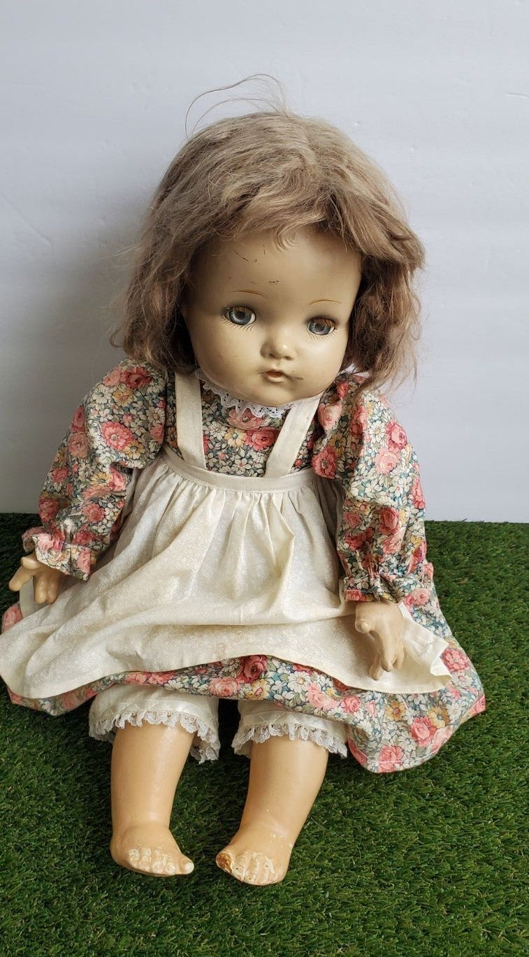 """Antique Composition Doll 19"""" Composition"""