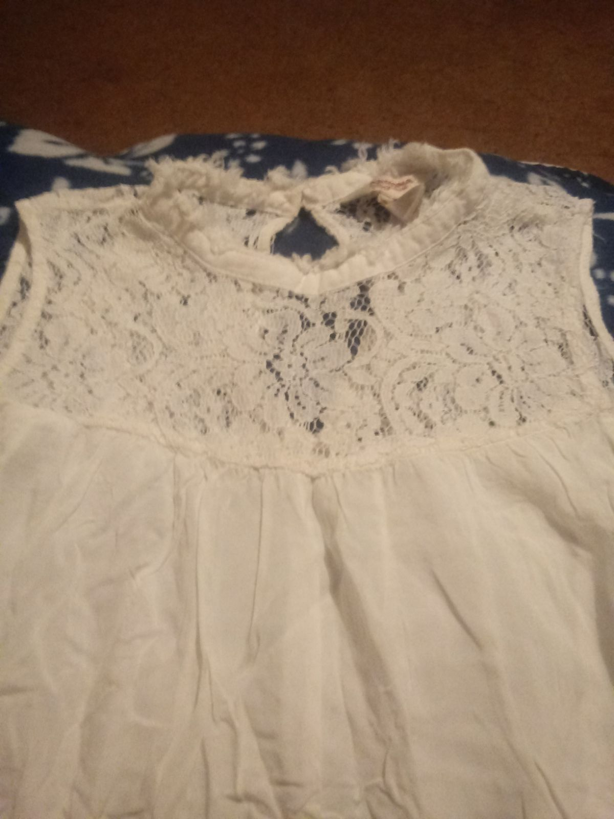 Beautiful womens lace tank top***