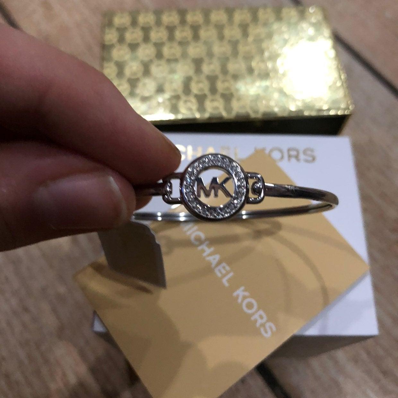 NEW michael kors bangle logo bracelet