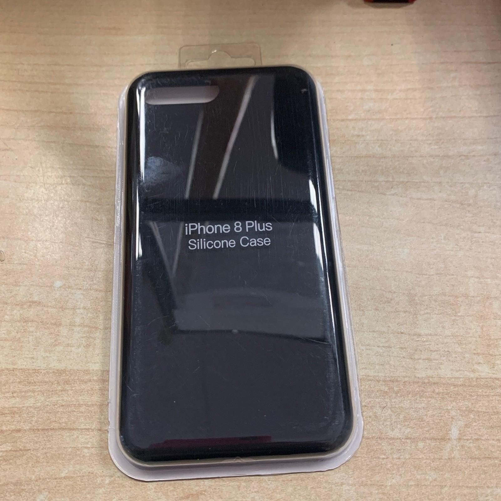 Iphone 8 plus black silicon case