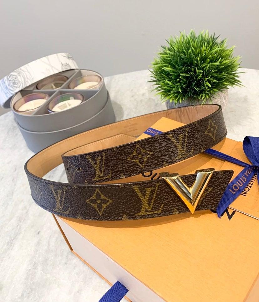 ❌SOLD❌Louis Vuitton 30mm Essential V Bel