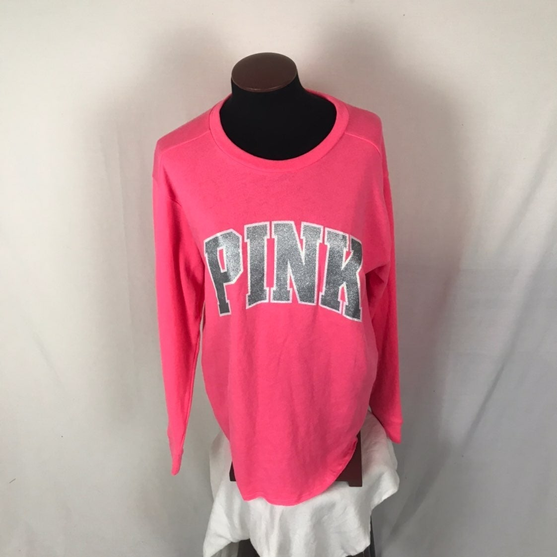 vs PINK pullover small
