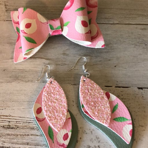 mommy and me earring/ bow set