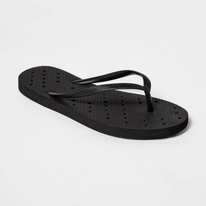 Room Essentials Shower Flip Flops S 6-7
