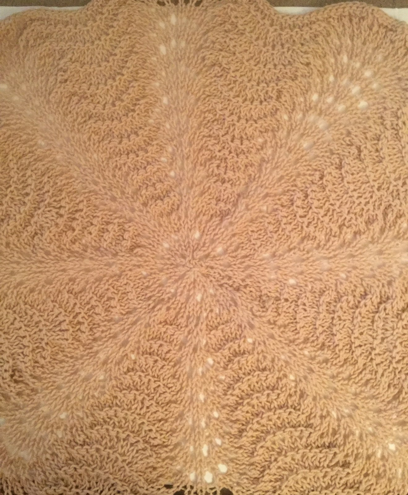 Circular knit swirl blanket
