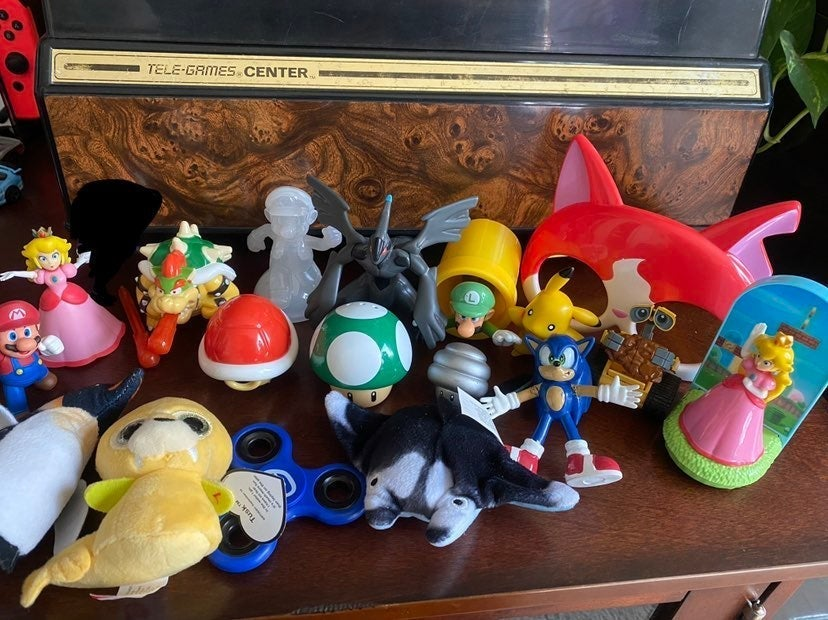 Video Game Toy Lot