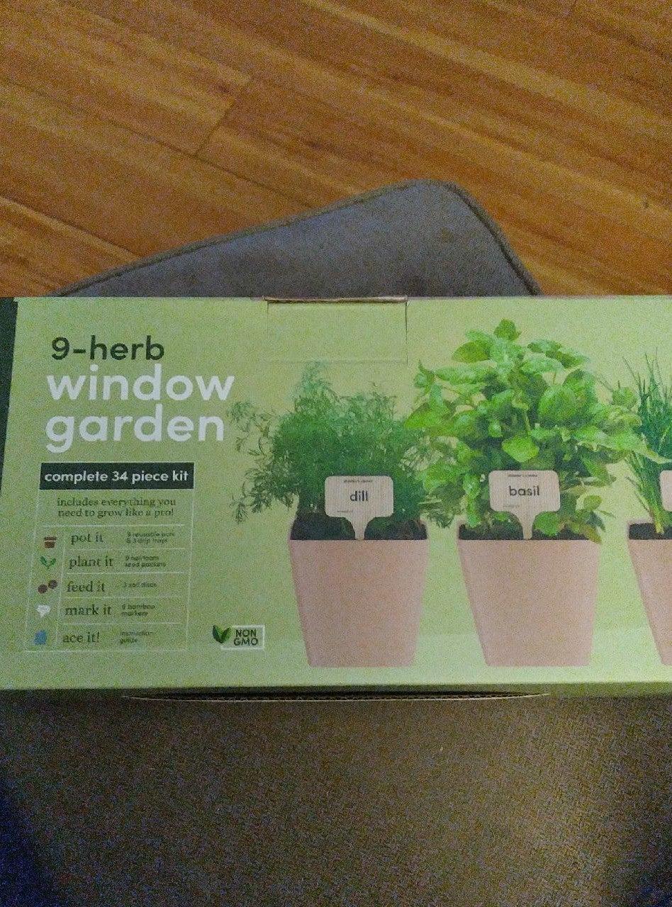 NIB 9-Herb 34 Piece Complete Window Kit