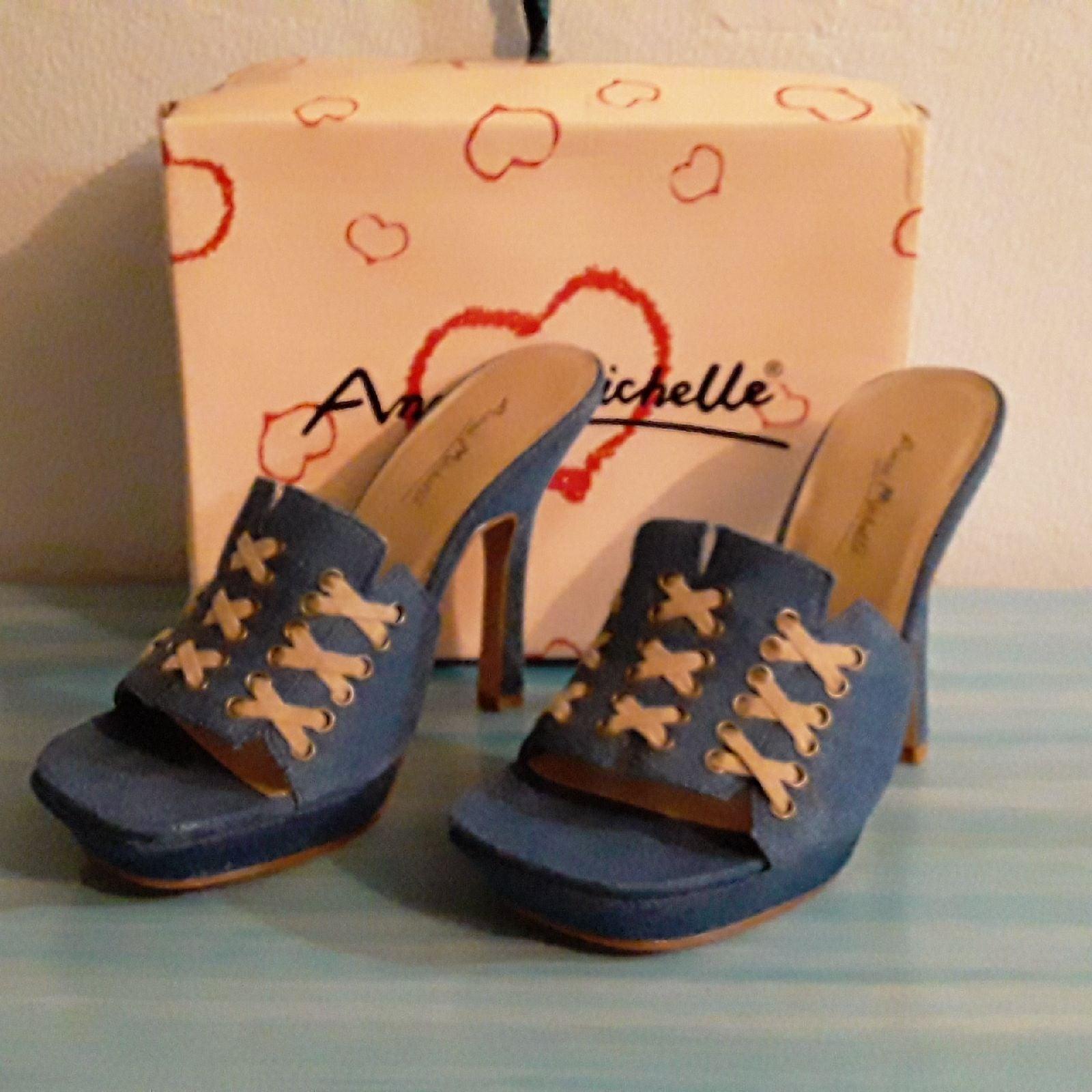 Anne Michelle Yoshi 11 Denim Heels
