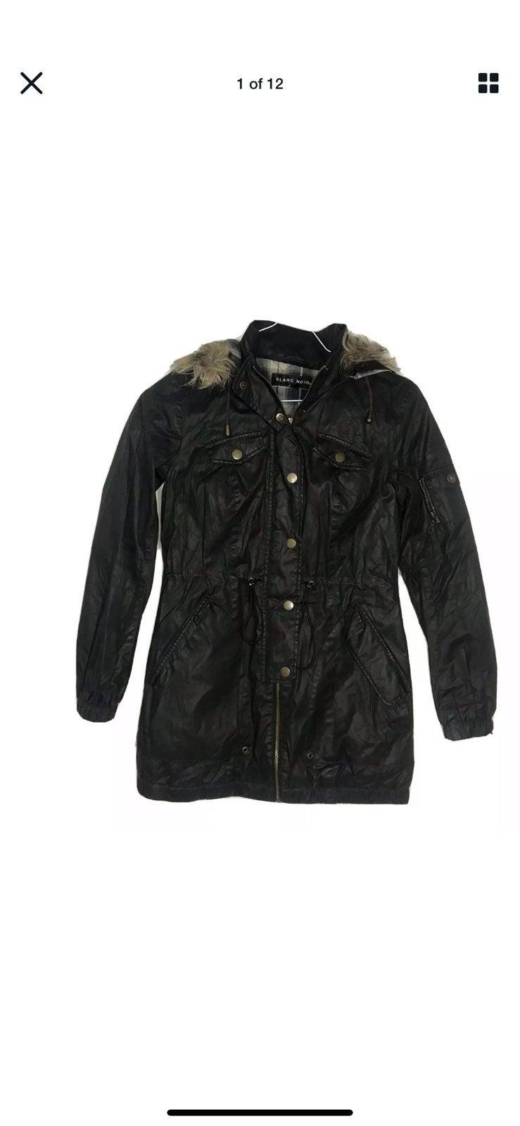 Blanc Noir Women Small Jacket Coat Quilt