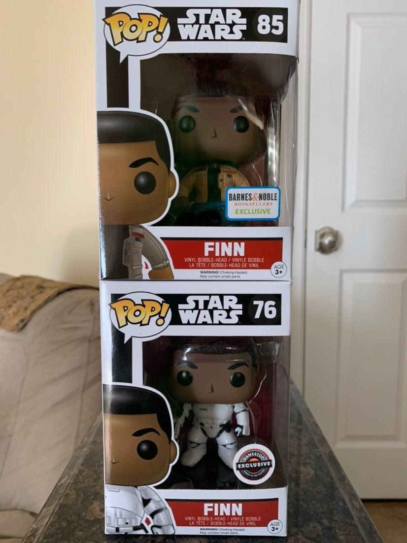 Funko Pop Star Wars Finn lot of 2 Exclus