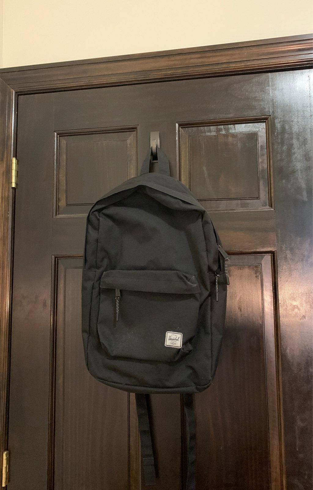herschel backpack (black)