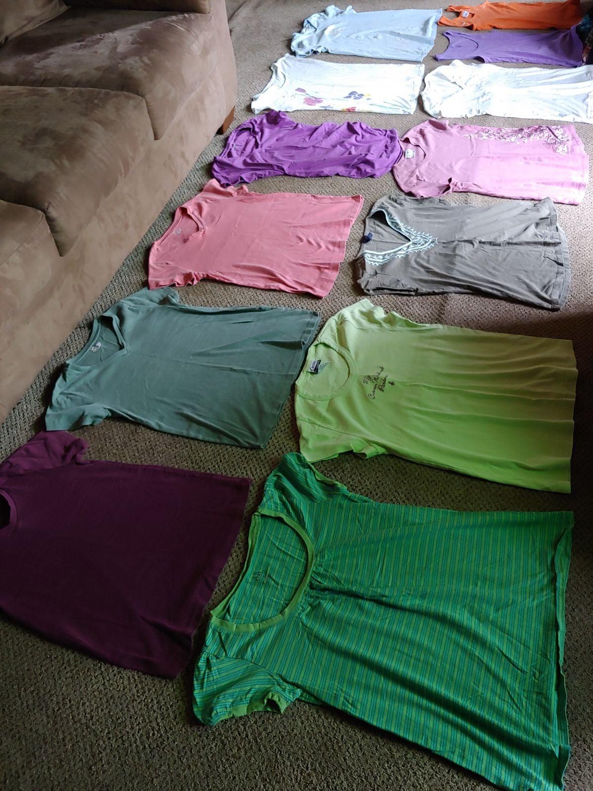 M Maternity T-Shirt Lot