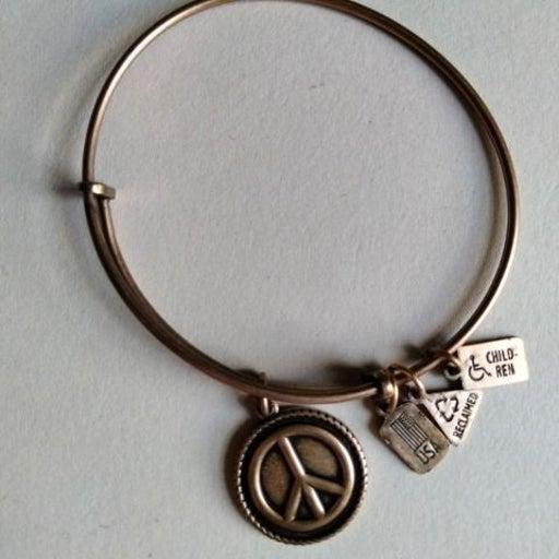 Peace Sign Bracelet~PleaseSeeDescription