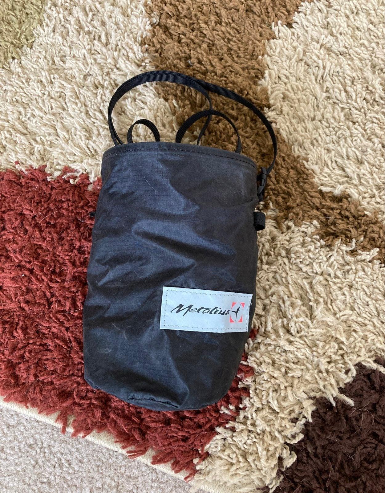 Metolius climbing chalkbag - black NWOT