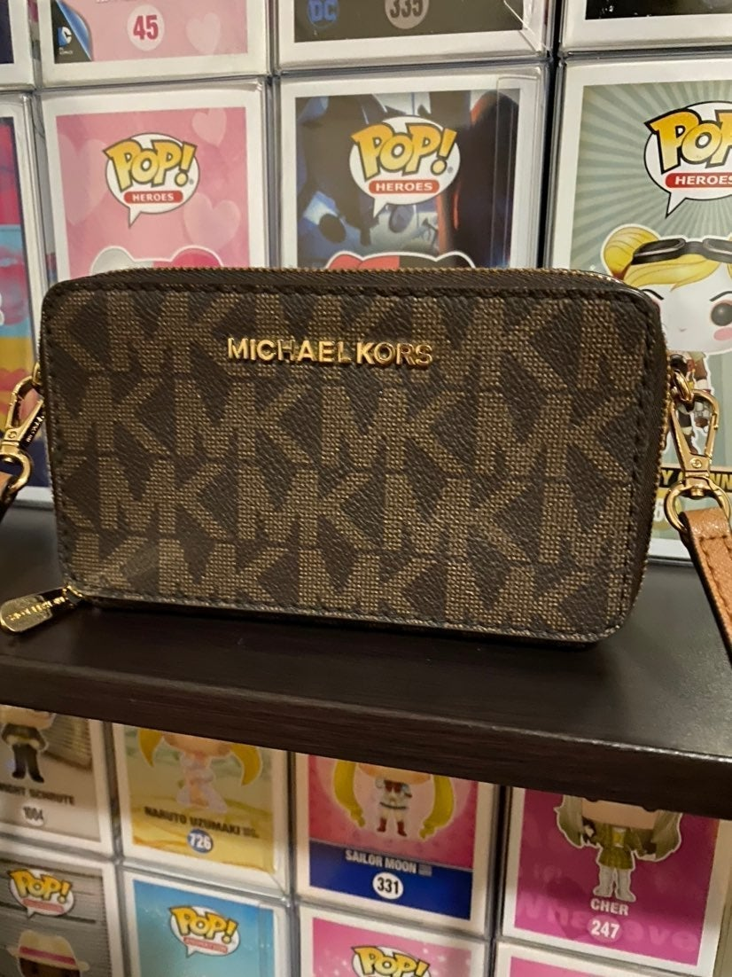 Michael Kors crossbody cell phone wallet