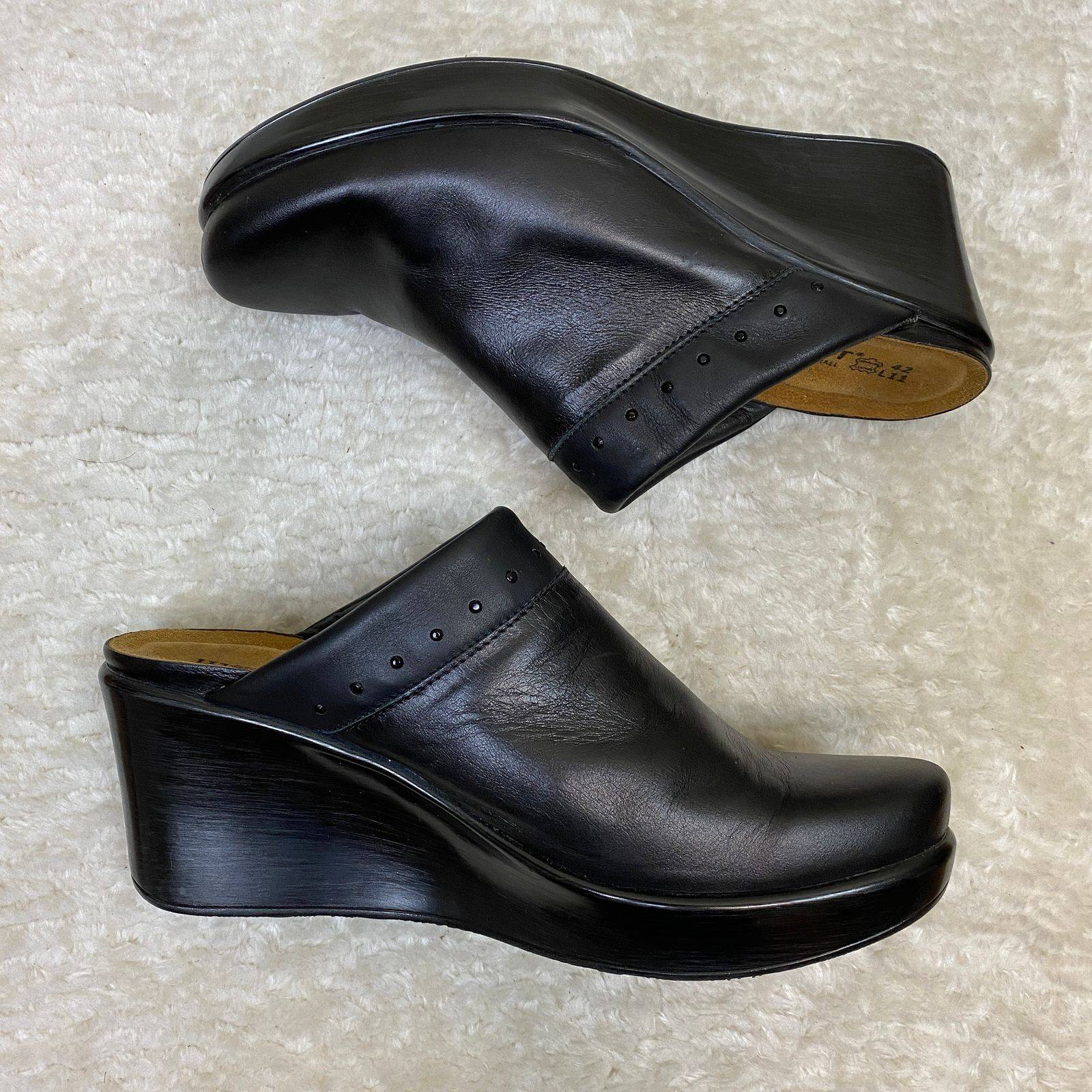 NAOT Black Leather Wedge Clogs Sz 42