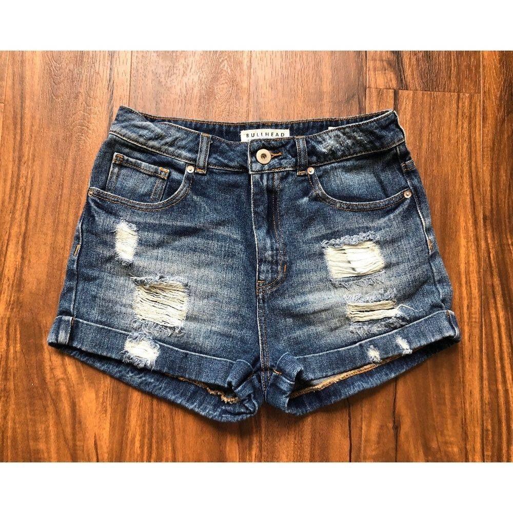 Bullhead Denim Co   Frayed Mom Shorts