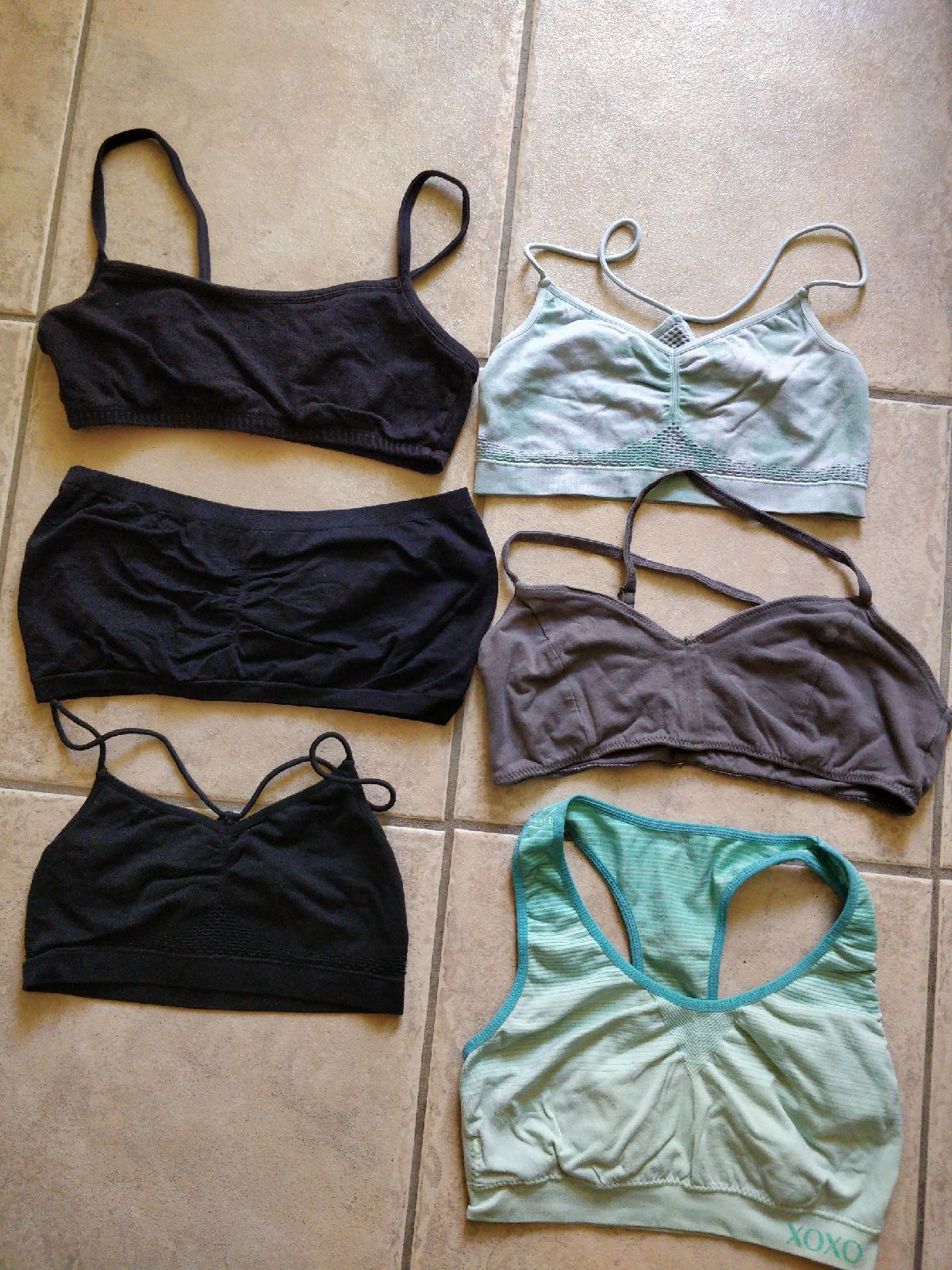 bralettes workout tops
