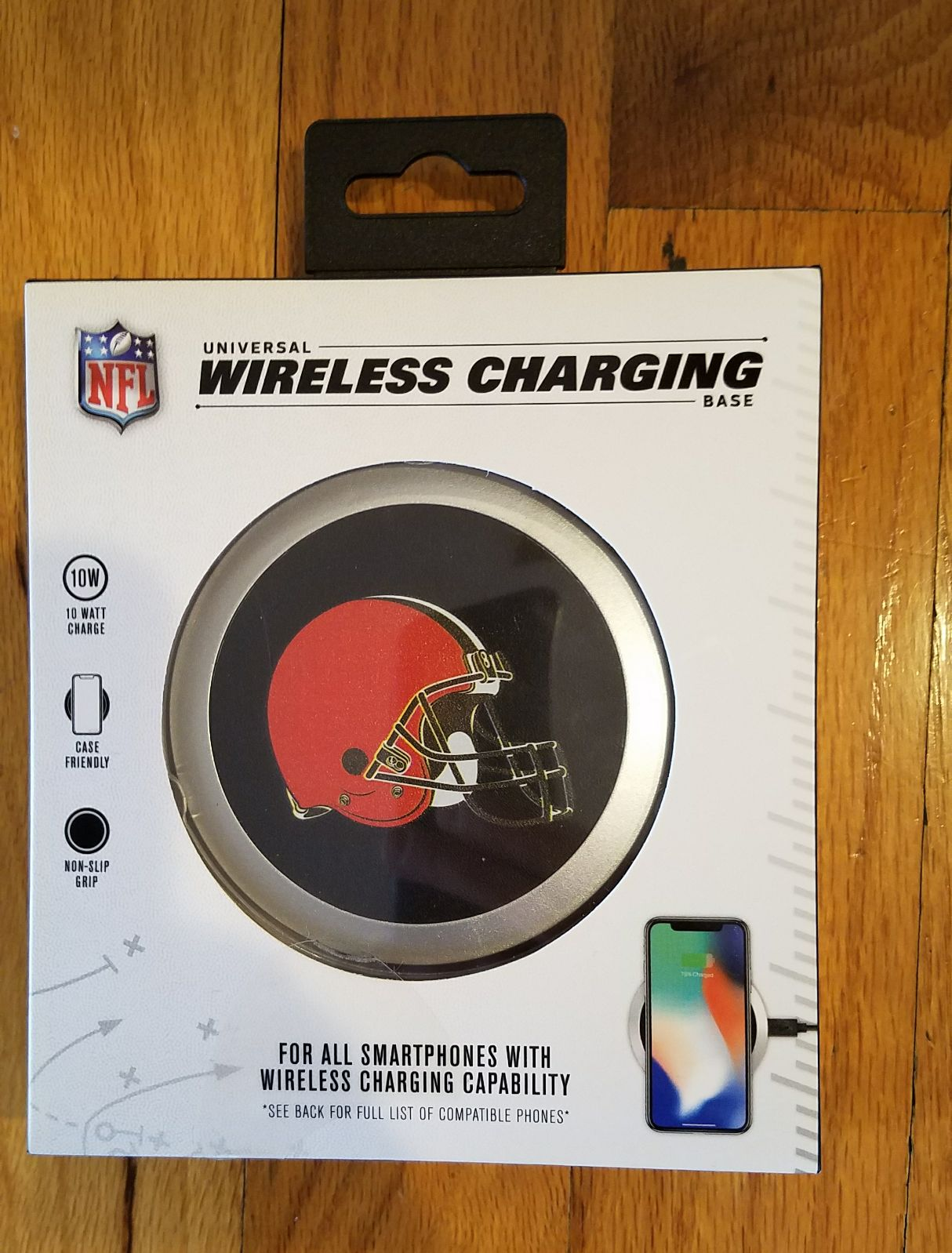 New Cleveland Browns wireless charging