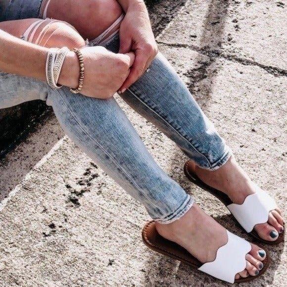 Shade & Shore Kate Scalloped Sandal 10