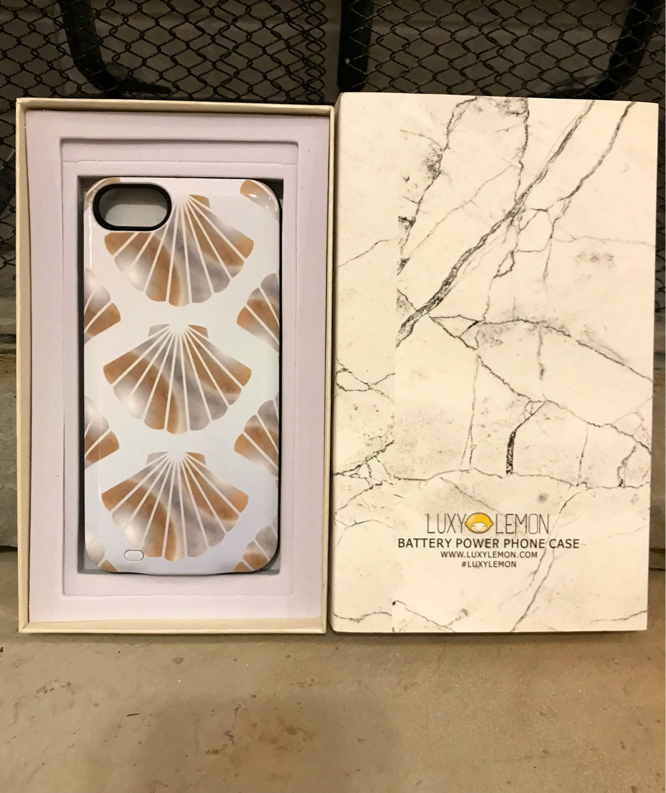 Luxy lemon battery case iphone 7, 8, and