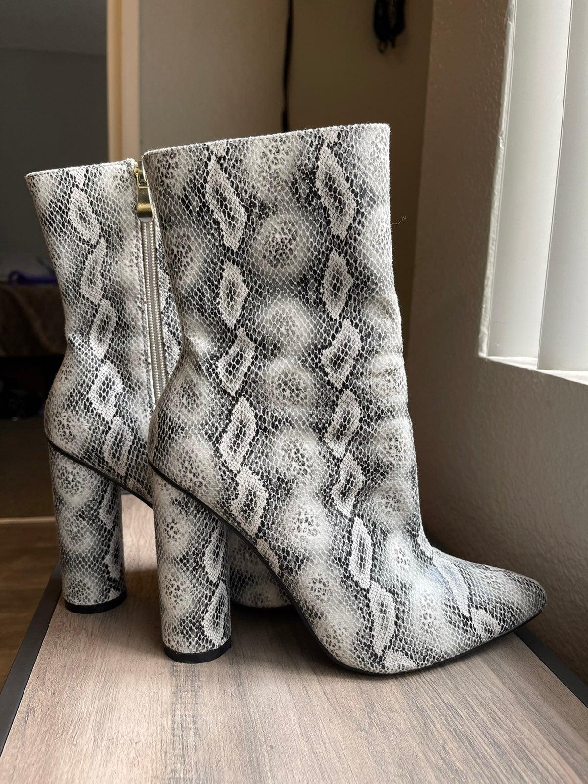 Fashion Nova Snake Skin Booties