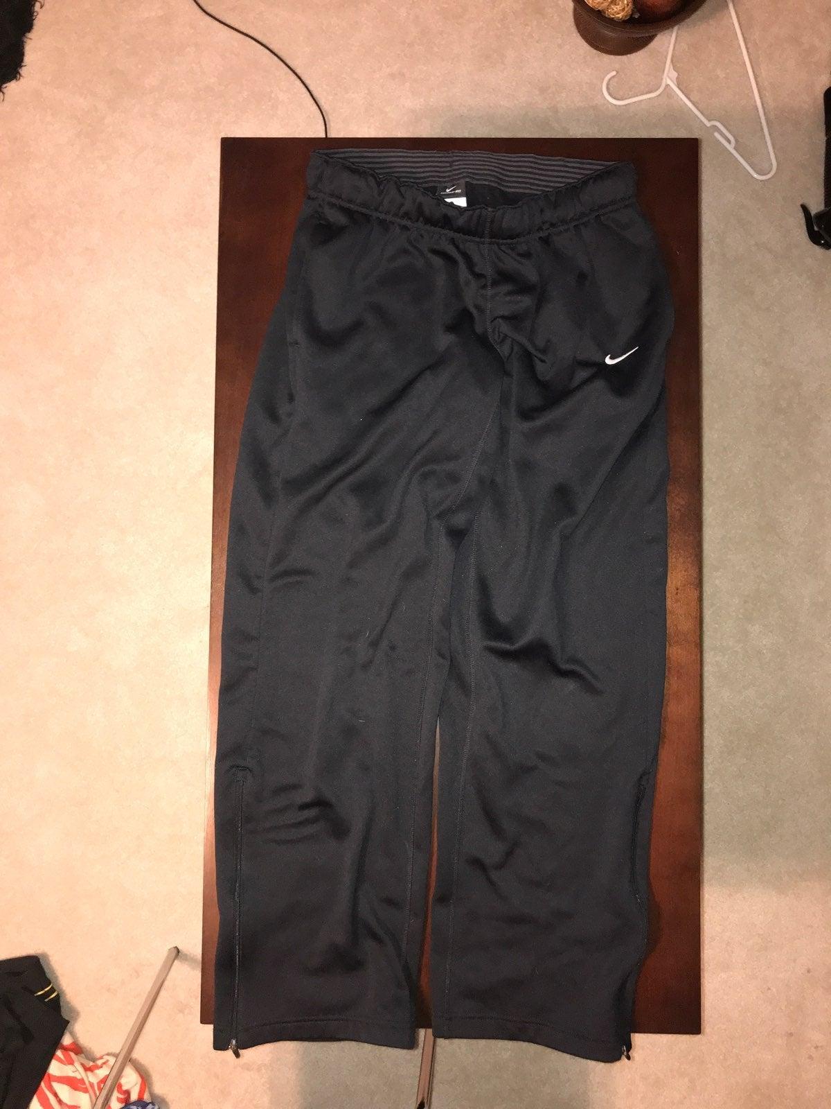 Nike Womens Medium Sweatpants