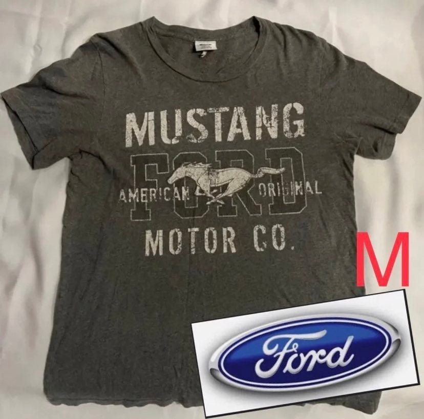Ford shirt -mustang car (M)