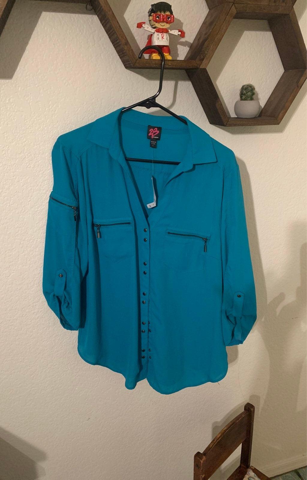 2b bebe blouse