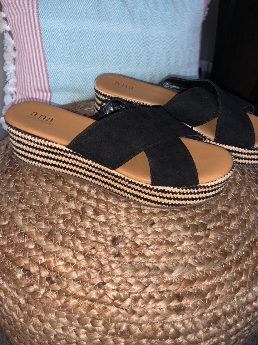 Platform sandals sz 9.5 NEW