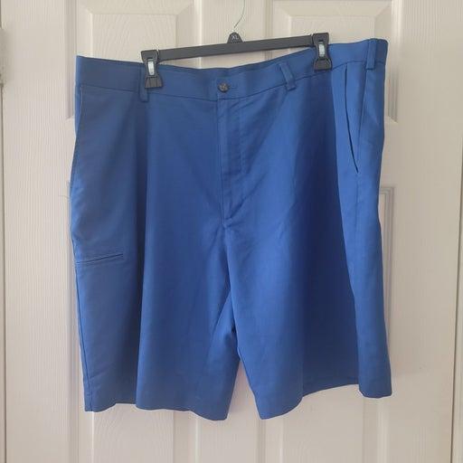 MENS IZOD Golf Shorts 40W