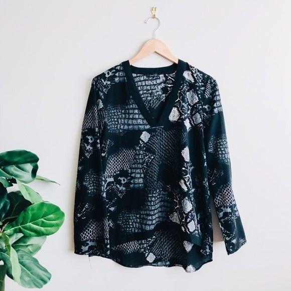 Dex V-Neck Printed Long Sleeve Blouse L