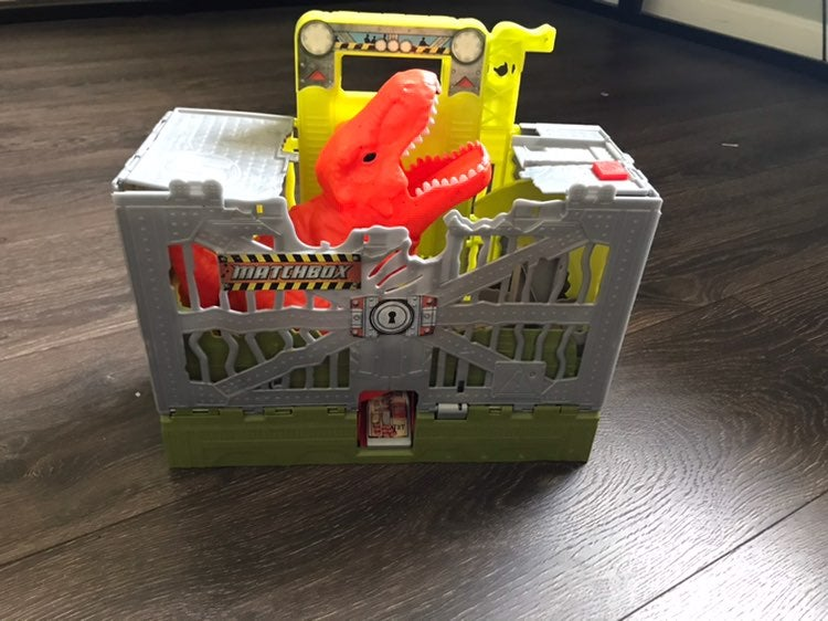 Matchbox breakout Dino set