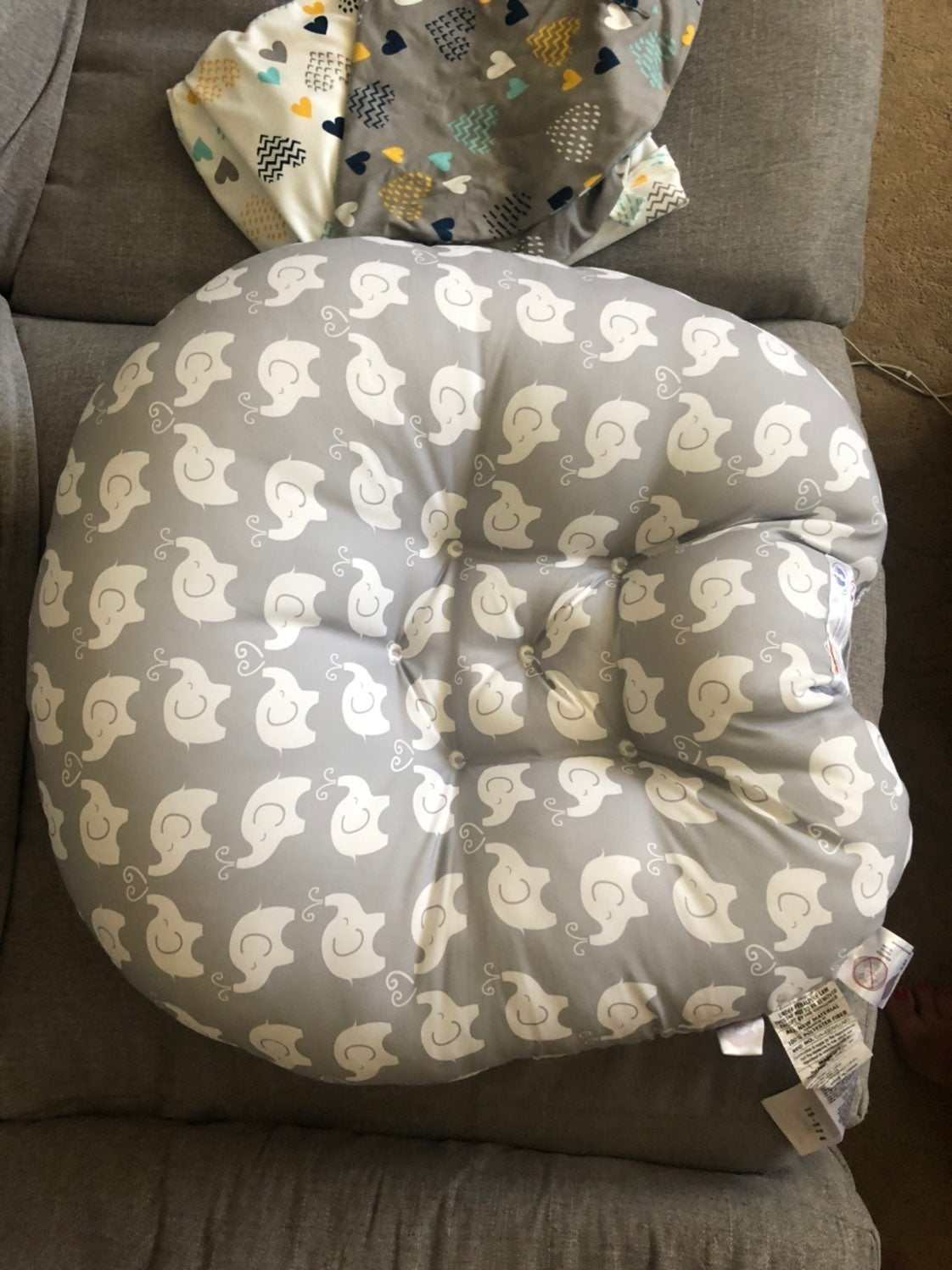 Boppy Lounger with 2 covers